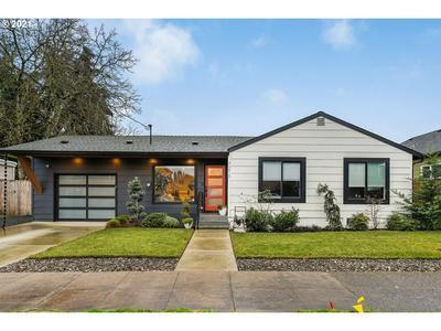 7216 N SYRACUSE ST, Portland, OR 97203 - Photo 1