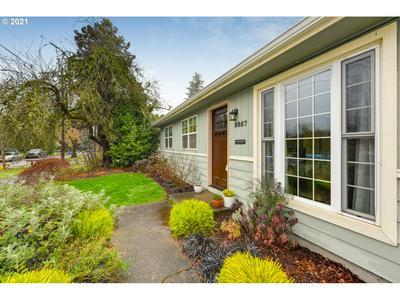 9957 N LEONARD ST, Portland, OR 97203 - Photo 2