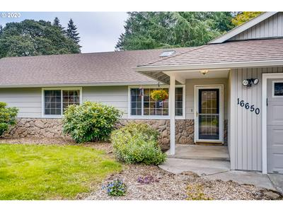 16650 S PAM DR, Oregon City, OR 97045 - Photo 2