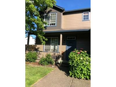5468 J ST, Washougal, WA 98671 - Photo 2