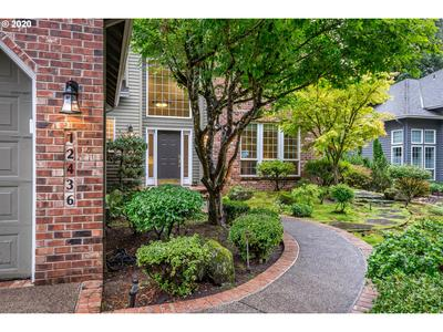 12436 ORCHARD HILL RD, Lake Oswego, OR 97035 - Photo 2