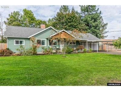 2040 STOLTZ HILL RD, Lebanon, OR, OR 97355 - Photo 1