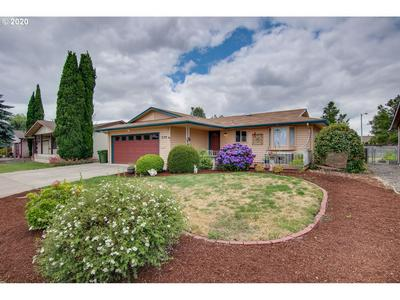 179 S COLUMBIA DR, Woodburn, OR 97071 - Photo 2