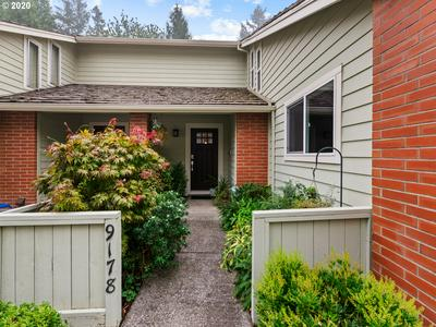9178 SW WILSHIRE ST, Portland, OR 97225 - Photo 2