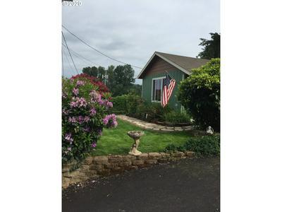 330 MORTON RD, Oregon City, OR 97045 - Photo 2