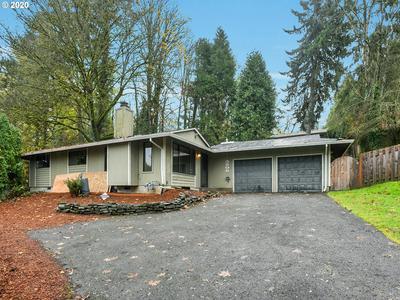 3206 SW SPRING GARDEN ST, Portland, OR 97219 - Photo 1