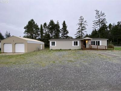 72443 HIGHWAY 101, LAKESIDE, OR 97449 - Photo 1