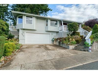940 RANSOM AVE, Brookings, OR 97415 - Photo 1