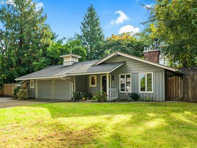 6240 SW CALIFORNIA ST, Portland, OR 97219 - Photo 1