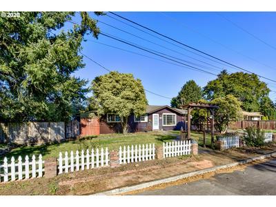 11008 NE 42ND ST, Vancouver, WA 98682 - Photo 1