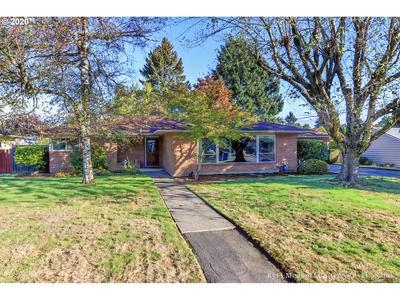 14523 NE SCHUYLER ST, Portland, OR 97230 - Photo 1