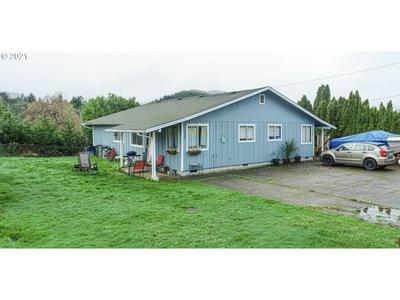 1132 WINCHESTER AVE, Reedsport, OR 97467 - Photo 1