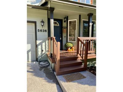 5636 SE 139TH AVE, Portland, OR 97236 - Photo 2