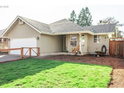 412 53RD PL, SPRINGFIELD, OR 97478 - Photo 2