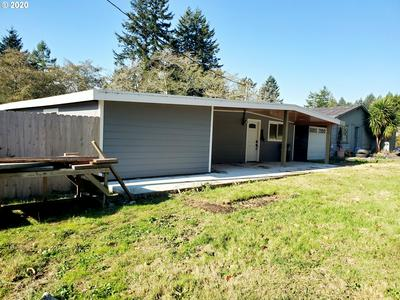 16932 KENDALL LN, Brookings, OR 97415 - Photo 2