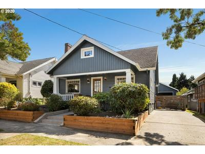 2316 SE TAGGART ST, Portland, OR 97202 - Photo 2