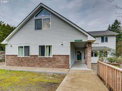 12145 SE FLAVEL ST, Portland, OR 97266 - Photo 2