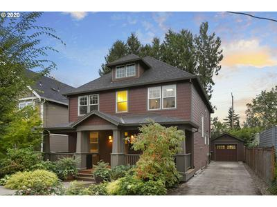 4130 SE TAGGART ST, Portland, OR 97202 - Photo 2