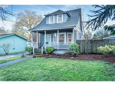 7926 N DANA AVE, Portland, OR 97203 - Photo 1