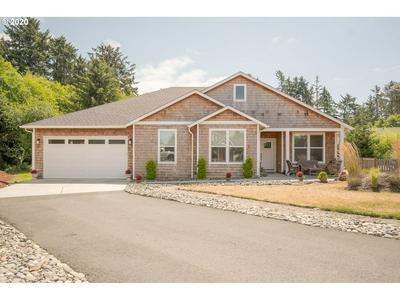 741 CREEKSIDE DR, Gearhart, OR 97138 - Photo 1