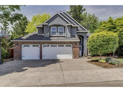 2105 N VINE ST, Canby, OR 97013 - Photo 1