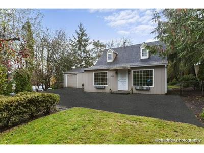 4052 SW HUBER ST, Portland, OR 97219 - Photo 2