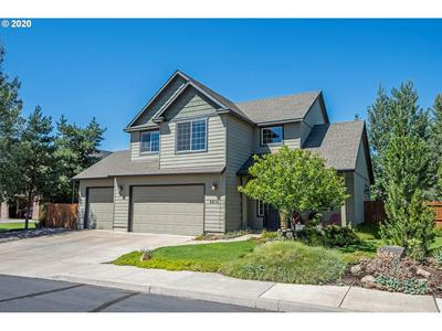 2213 NW MAPLE CT, Redmond, OR 97756 - Photo 1
