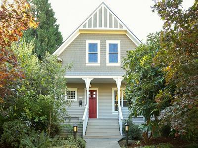 2934 SE SALMON ST, Portland, OR 97214 - Photo 1