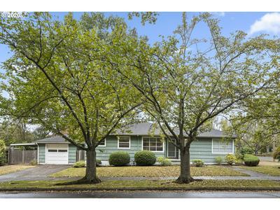 4025 SE GLENWOOD ST, Portland, OR 97202 - Photo 1