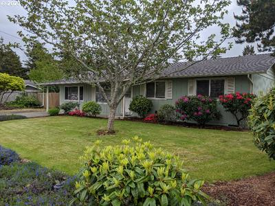 2440 18TH ST, Florence, OR 97439 - Photo 1