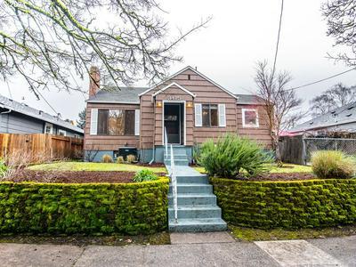 3415 SE 15TH AVE, Portland, OR 97202 - Photo 1