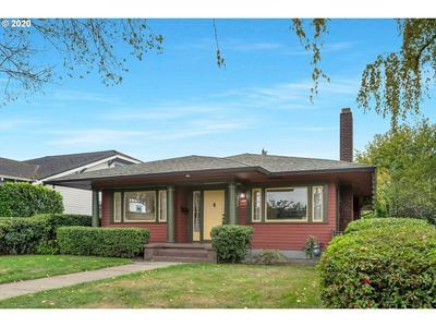2305 SE ELLIOTT AVE, Portland, OR 97214 - Photo 2