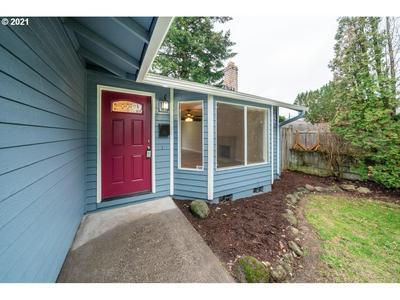 3218 NE 81ST AVE, Portland, OR 97213 - Photo 2