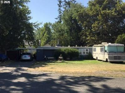 536 W COLLEGE ST, Athena, OR 97813 - Photo 1