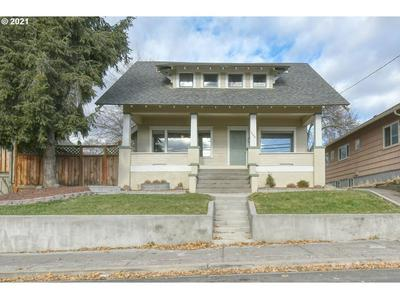 1209 NW CARDEN AVE, Pendleton, OR 97801 - Photo 1