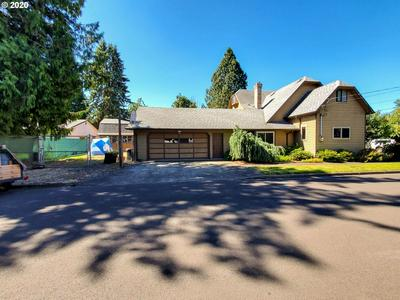 290 N 11TH AVE, Cornelius, OR 97113 - Photo 2