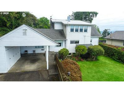 2354 UNION AVE, North Bend, OR 97459 - Photo 2