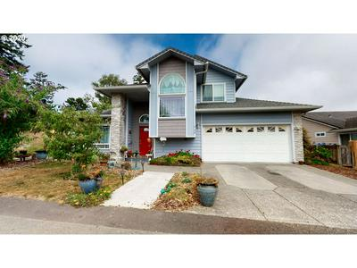 730 CLAIR LN, Brookings, OR 97415 - Photo 2