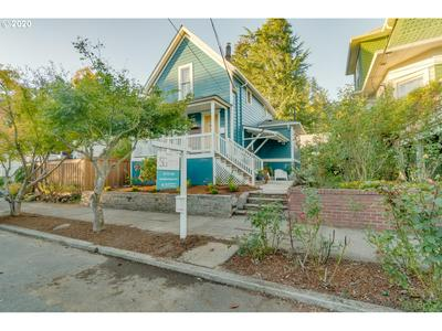 3521 SE HARRISON ST, Portland, OR 97214 - Photo 1