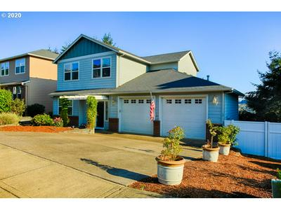 2747 FILLMORE AVE NW, Salem, OR 97304 - Photo 2