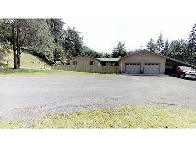 94298 BERRY RD, Gold Beach, OR 97444 - Photo 2