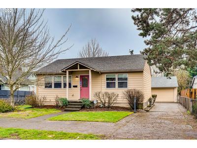 9125 N IVANHOE ST, Portland, OR 97203 - Photo 2