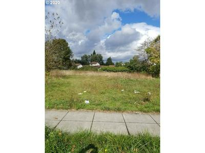 15031 SE DIVISION ST, Portland, OR 97236 - Photo 2