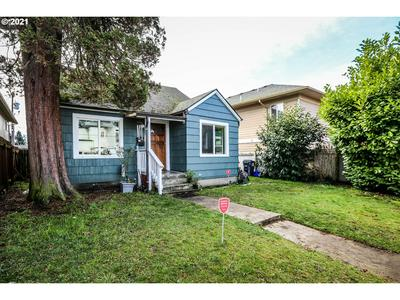 25 D ST, Springfield, OR 97477 - Photo 1