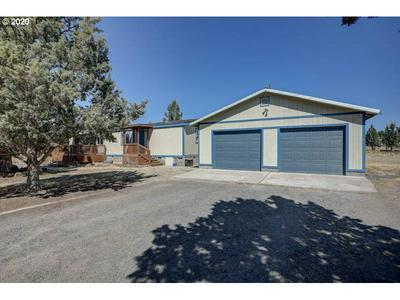 1864 NW PINECREST DR, Prineville, OR 97754 - Photo 2