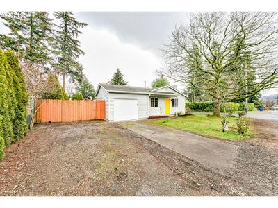 3948 SE 104TH AVE, Portland, OR 97266 - Photo 2