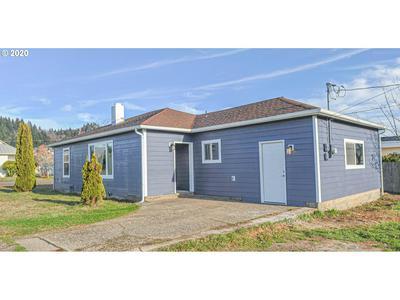 315 S 19TH ST, Reedsport, OR 97467 - Photo 1