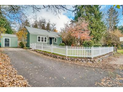 3205 SW HUME ST, Portland, OR 97219 - Photo 2