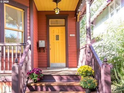 1221 SE 34TH AVE, Portland, OR 97214 - Photo 2