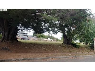 290 W 4TH ST, Coquille, OR 97423 - Photo 1